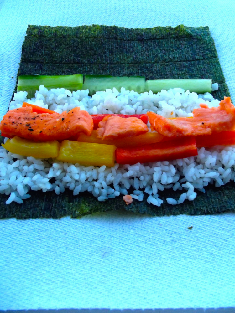 salmon and vegetable sushi recipe (9)