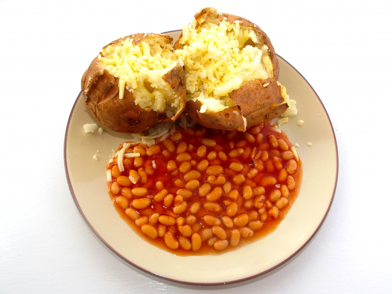 Roasted jacket potato with baked beans