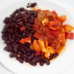 Kidney Beans With Beef Sauce