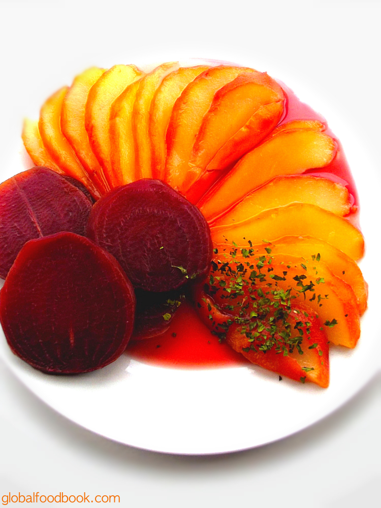POACHED PEAR WITH BEETS