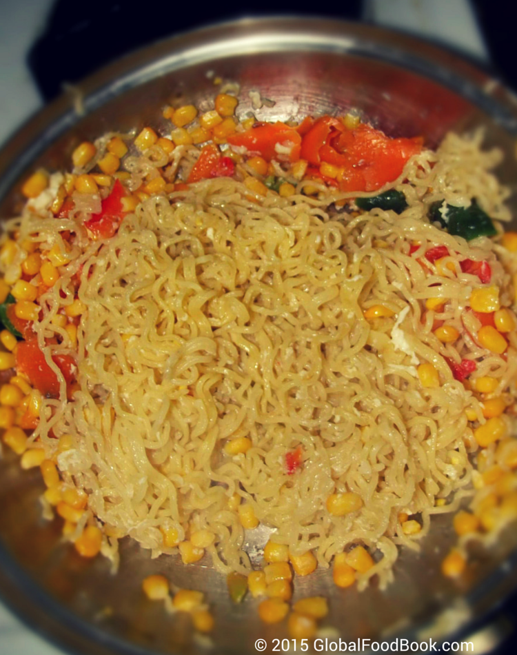 omelette_and_vegetables_noodle_recipe (3)