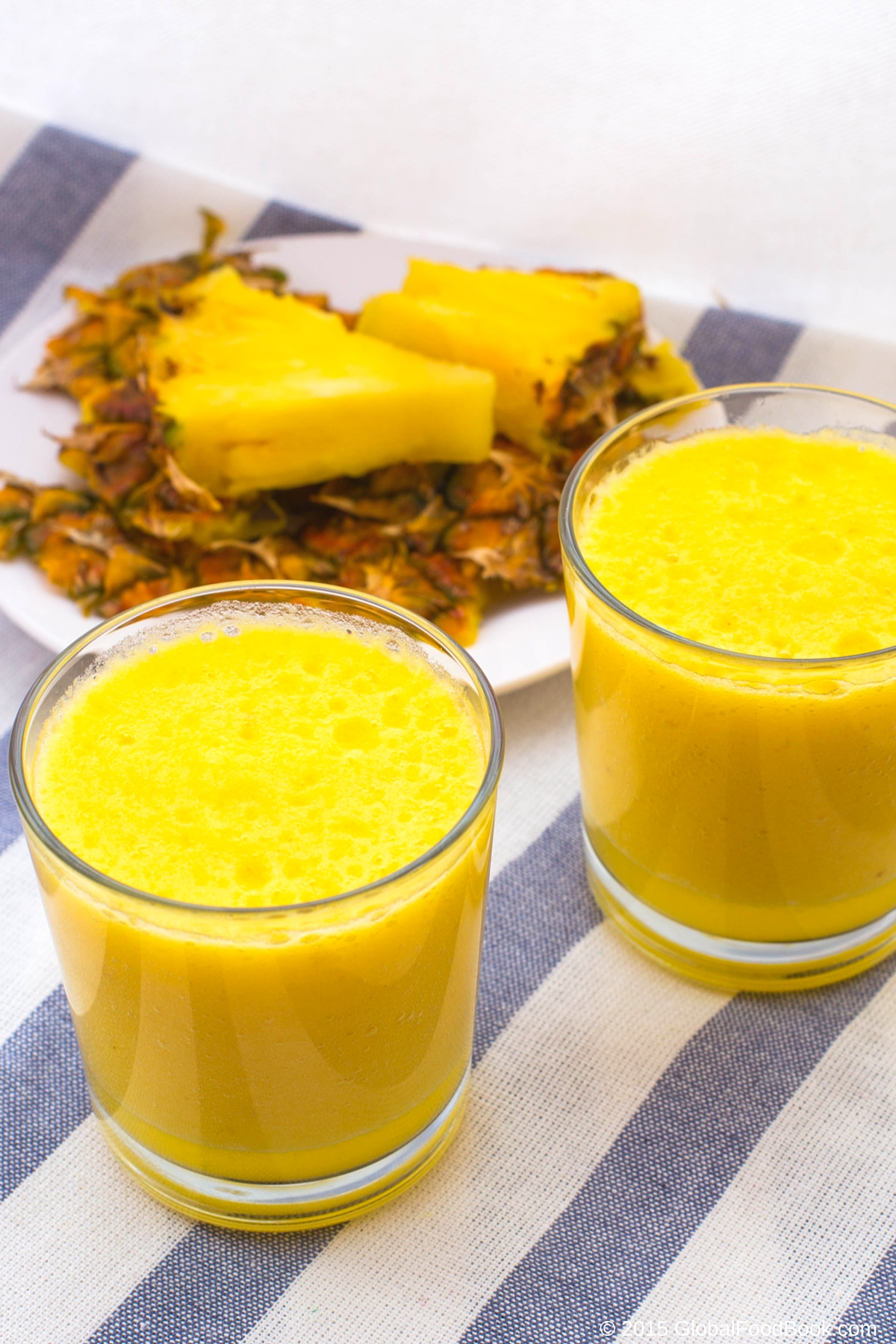 pineapple smoothie (2)