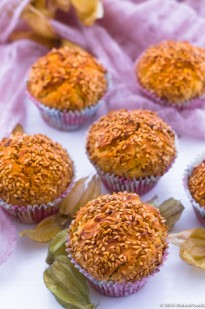 PHYSALIS AND GOLDEN LINSEED MUFFINS