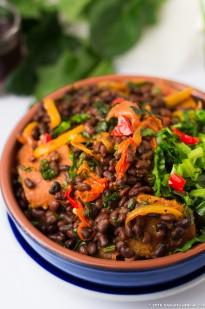BLACK BEANS AND YAM (AKIDI)