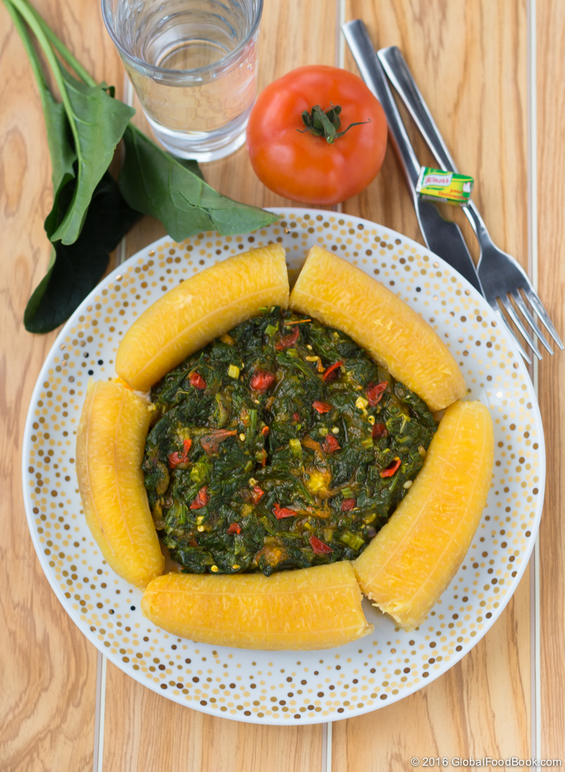 Spinach sauce with plantains-4