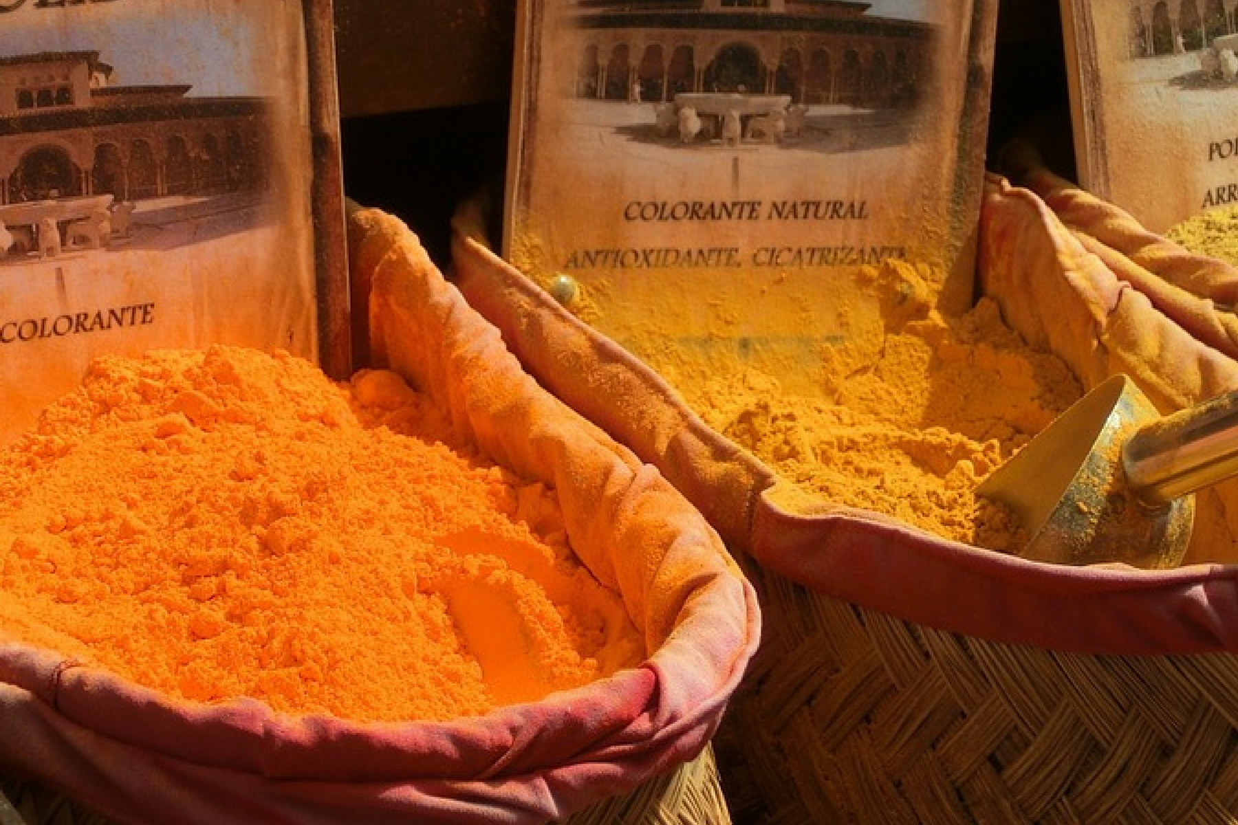 saffron-powder