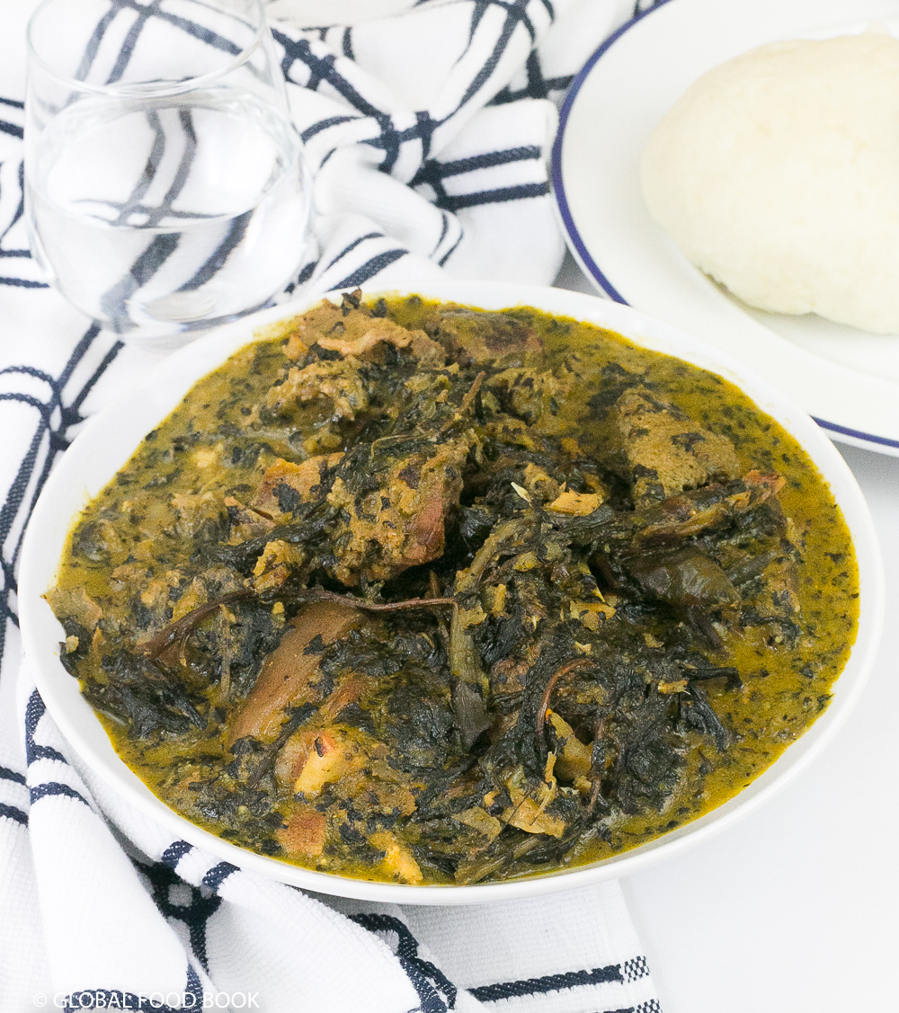 BITTER LEAF SOUP (OFE ONUGBU) || HOW TO COOK BITTER LEAF SOUP WITH CHARCOAL FIRE